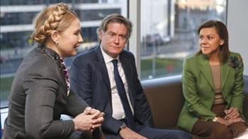 PP-Dolores-Cospedal-Timoshenko-EFE_EDIIMA20140307_0080_13